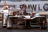 InstaForex - Officiele partner van Dragon Racing